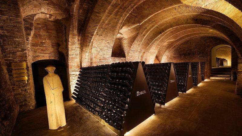 Vinkatedraler, Canelli, Piemonte