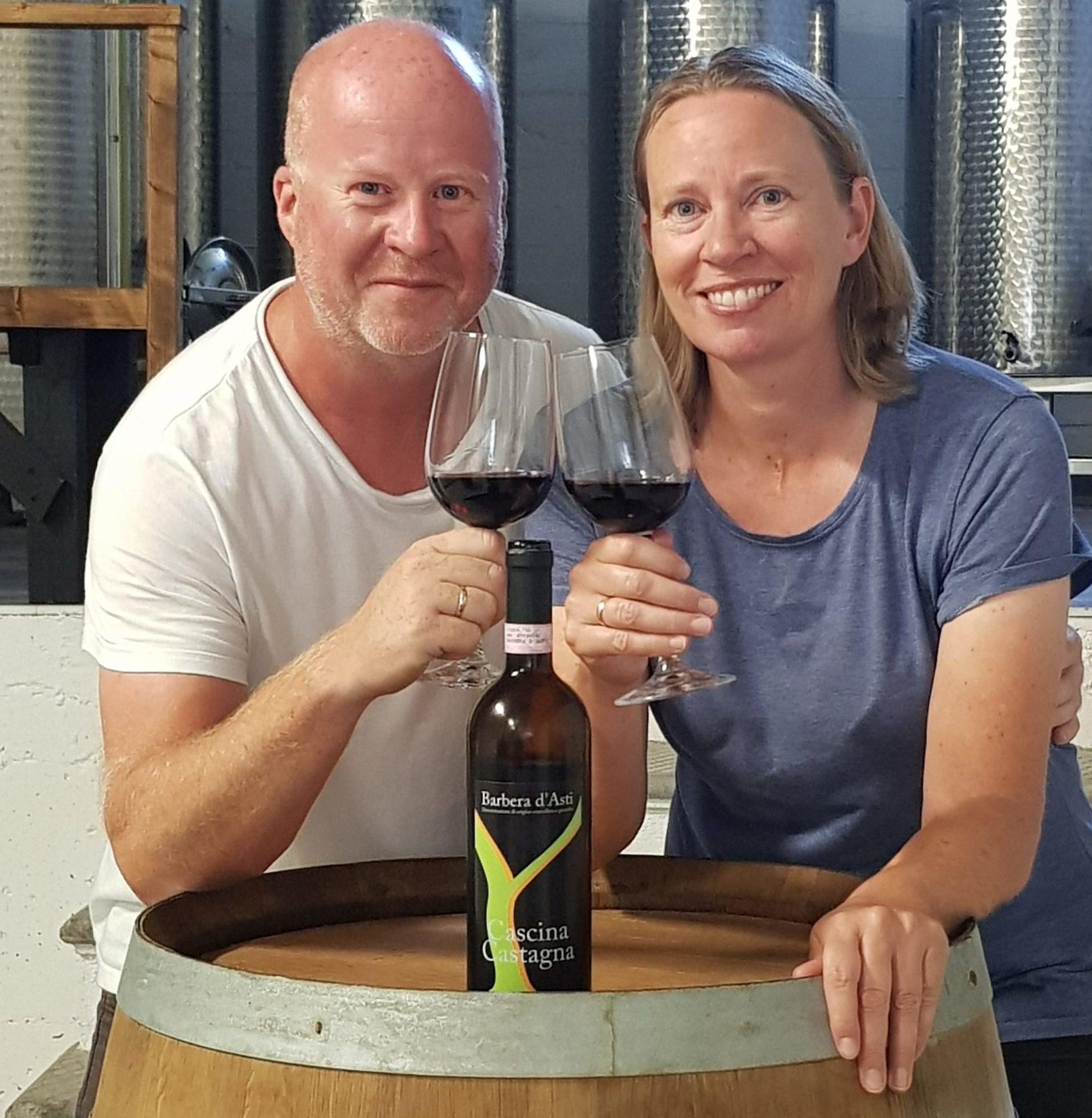 Vertskapet på Cascina Castagna norsk vingård i Piemonte